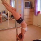 Pole dancer 55464